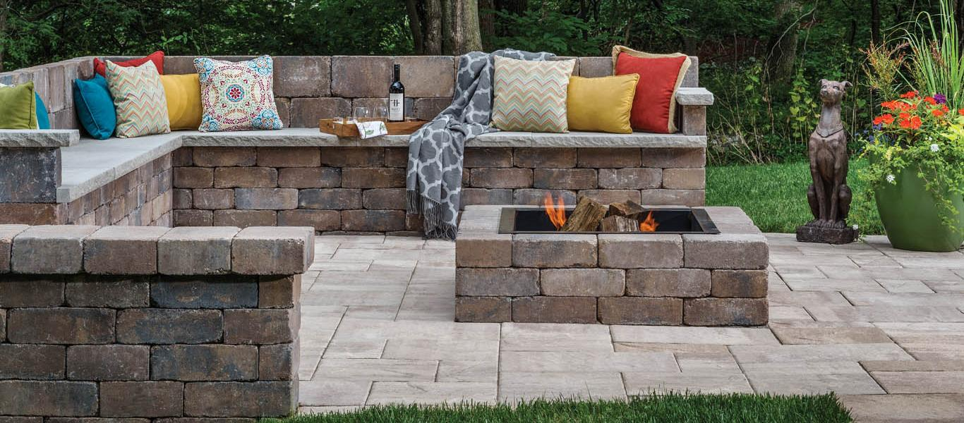 ANCHOR C RES BEL2015 Walls Patios Firepits WestonWall LafittRusticSlab 001 copy