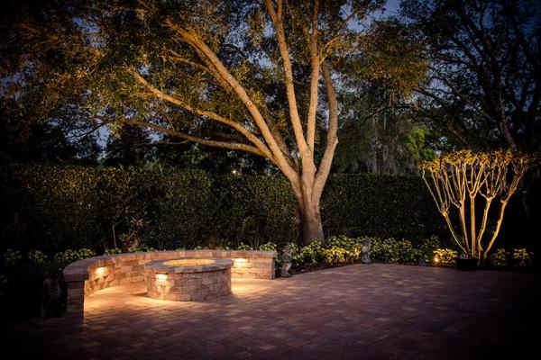 outdoor-lighting-freshlookoutdoorF179196A-7141-B901-E1D7-F592FD3A3022.jpg