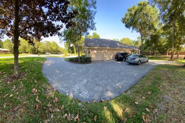 driveways-5ACEE5499-4992-DDDE-598C-C102151BBC09.jpg