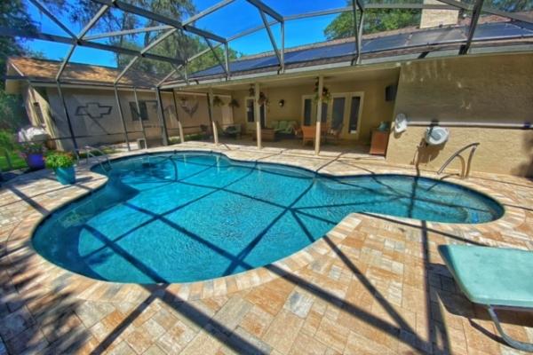pool-decks-freshlookoutdoor-96AA41661-776C-473E-CBCA-D7678185122C.jpg